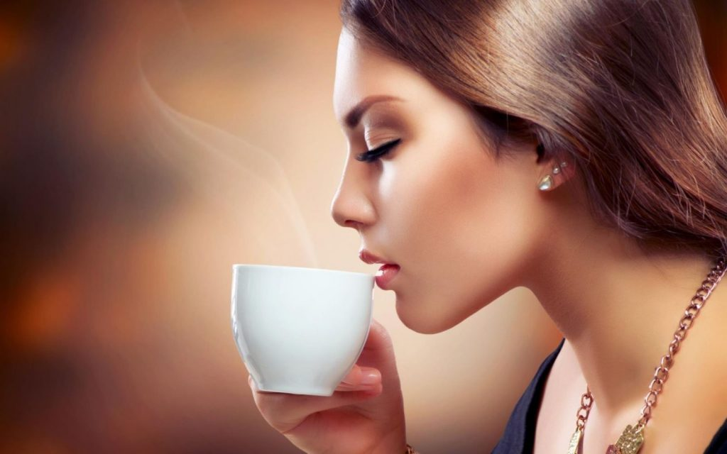 Thưởng thức cà phê chồn để cảm nhận trọn vị tinh hoa.