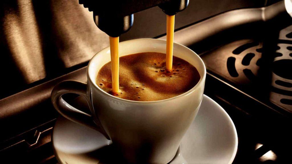 Pha chế cà phê là cả một nghệ thuật