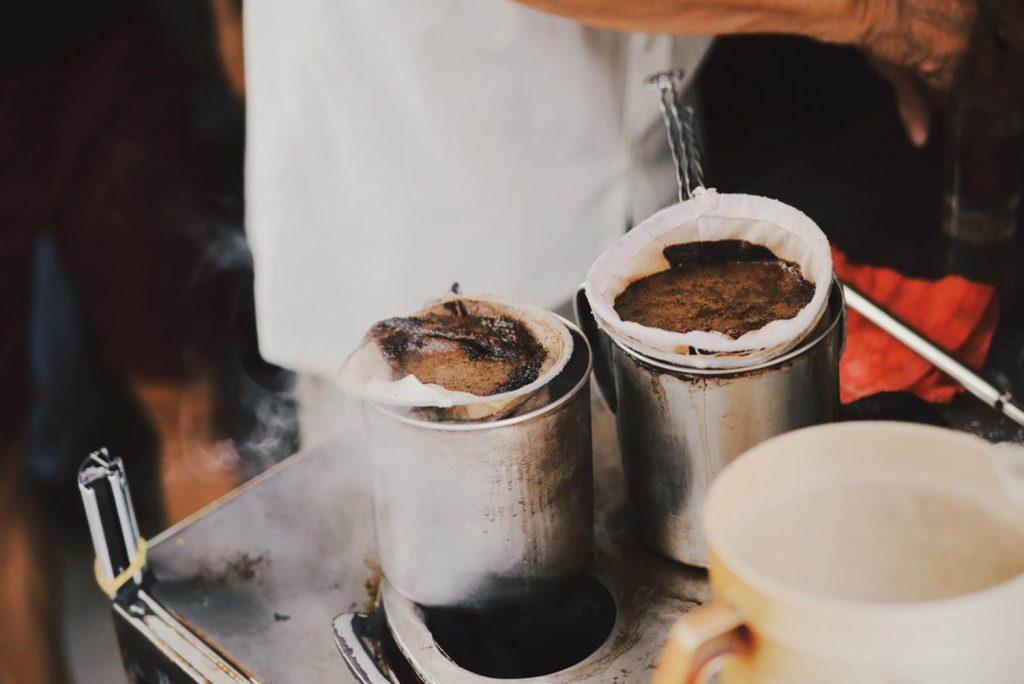 Sài Gòn có văn hóa gắn liền với thức uống cà phê.
